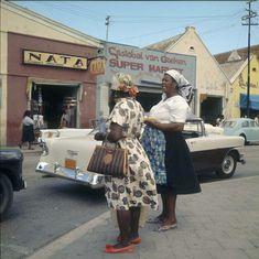vrouwen in de stad 1964, B. Lawson