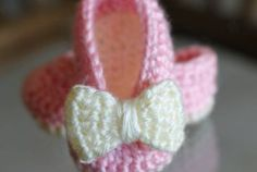Crochet Baby Booties Are Adorable Patterns