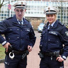 #sexueller als die Polizei erlaubt @handiofiblood  Partnerseite: @handofschlitz  #Sexuell #SpandauerBulle #Reudenboy4Life #SpandauerCop #SummonersCops #FickNichtMitHoB #Kappa #superficke by handofbloodfanpage