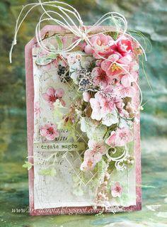 Piękne, letnie, kolorowe kolekcje ze Stamperii przyprawiają o zawrót głowy. Dzisiaj różowe kartki z kolekcji Flower Alphabet Pr...
