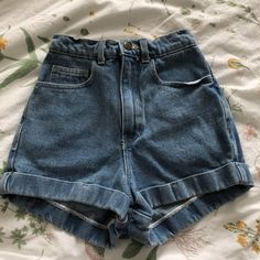 american apparel high waisted shorts! never worn, it's not my style anymore unfortunately. it's a size 24! price is negotiable but please don't lowball! #americanapparel #highwaistedshorts #arthoe - Depop