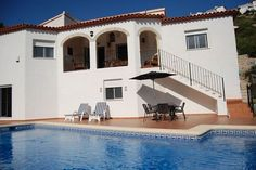 4 bedroom villa in Pedreguer, Alicante #travel #spain #foremostpropertygroup