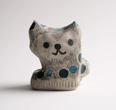 ❤ #new #ceramics #cat #small #tiny #sculpture #cute #jennituominen ❤ www.jennituominen.com