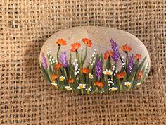 Painted Rock Colorful Wildflowers Purple Orange Rock Art White and Yellow Painted Beach Rock Pebble Painting, Pebble Art, Stone Painting, Rock Painting Ideas Easy, Rock Painting Designs, Stone Crafts, Rock Crafts, Art Rupestre, Art Pierre