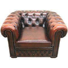 Leather Chesterfield Club Chair with Brass Nailheads and Tufting, circa 1960 Small Living Room Chairs, Gray Dining Chairs, Farmhouse Table Chairs, White Chairs, Swivel Rocker Recliner Chair, Sofa Chair, Leather Chesterfield Chair, Leather Chairs, Lazy Boy Chair