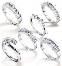 Buy Swaroski diamond rings discounted price at karatstreet.com