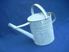 Antique Vintage Galvanized Steel Metal Garden Plant Watering Water Can Bucket