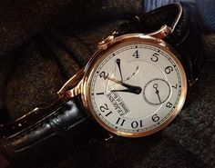 Journe - Invenit et Fecit High End Watches, Cool Watches, Watches For Men, Its A Mans World, Mens Watches Leather, Telling Time, Iwc, Toys For Boys, Pocket Watch