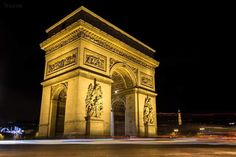 L'arc de Triomphe  One of the most famous landmarks in Paris. ©WazimPhotos @leCMN
