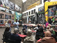 Learn about the murals from the artists themselves! Belfast, Murals, Times Square, Tours, Artists, Travel, Wall Paintings, Mural Painting, Viajes