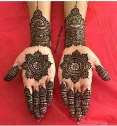# Anamiya_khan Henna Hand Designs, Dulhan Mehndi Designs, Circle Mehndi Designs, Round Mehndi Design, Mehndi Designs Finger, Modern Mehndi Designs, Mehndi Design Pictures, Mehndi Designs For Girls, Mehndi Designs For Fingers