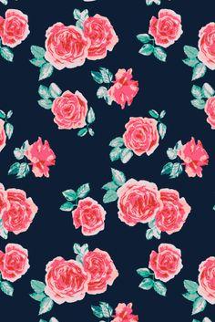 Susanna Nousiainen #patterndesign #printandpattern #printdesign #surfacedesign #surfacedesigner #textiledesign #printdesigner #patterndesign #meetthedesigner #Roses #flowerpattern #Rosepattern