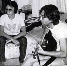 The last known photo of Julian and John Lennon