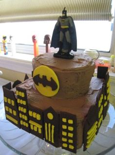 Going to attempt to make a batman cake for my friend chuk tomorrow....this looks manageable