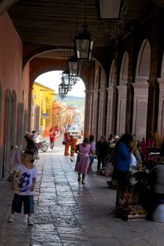 This is a main walkway across the street from el Jardin, the central and main Plaza in San Miguel de Allende, Mexico