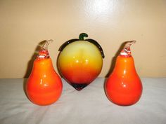 Vintage Hand Blown Art Deco GLASS FRUIT Trio Peach Red Pears Paperweight