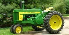 Tractor Restoration | Restoring Tractors | Restore John Deere Tractor