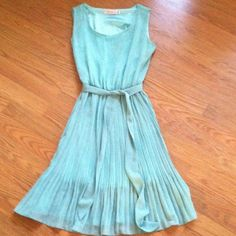 Absolutely &faith teal green dress size s This dress is lined and in Nwot condition Dresses