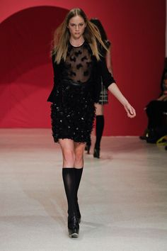 A look from Douglas Hannant - Fall 2012