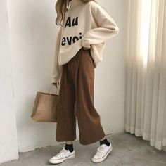 casual korean fashion which is awesome 595140 Korean Fashion Trends, Asian Fashion, Look Fashion, Winter Fashion, Ulzzang Fashion, Hijab Fashion, Fashion Outfits, Mode Grunge, Grunge Style