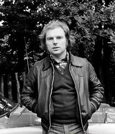 Van Morrison in 1977 This man has a beautiful voice and his songs are equally beautiful. So many are in movies, love his music!! ❤️