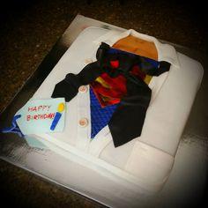 """Superman"" Birthday Cake [Fondant] Made by Kiyomi Sakamoto"