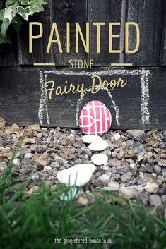 Simple painted stone fairy door for an outdoors fairy house Diy Fairy Door, Fairy Doors, Diy Door, Front Door Makeover, Front Door Decor, Craft Activities For Kids, Crafts For Kids, Craft Ideas, Play Ideas