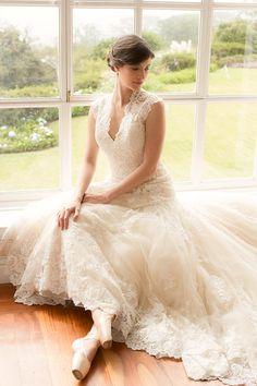 Vestido de novia Allure Bridals modelo 8965 disponible seminuevo en la tienda de novias De Novia a Novia. San José, Costa Rica.