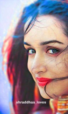 Shraddha Kapoor Hot Images, Shraddha Kapoor Bikini, Shraddha Kapoor Cute, Bollywood Actors, Bollywood Celebrities, Bollywood Style, Prettiest Actresses, Beautiful Actresses, Beautiful Bollywood Actress