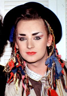 Boy George (born George Alan O'Dowd on 14 June Culture Club is an English singer-songwriter, who was part of the English New Romanticism movement which emerged in the early Boy George, George Young, Madonna, Moda Rock, The Wedding Singer, New Romantics, Culture Club, Lady Diana, 80s Fashion
