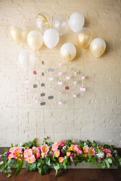 Creative Escort Seating Cards- love the balloons!
