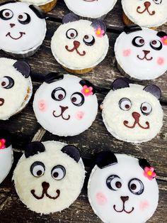 PANDA - CupCakes  Sooo süß Panda Cupcakes, Cup Cakes, Sugar, Cookies, Desserts, Food, Pastry Chef, Crack Crackers, Tailgate Desserts