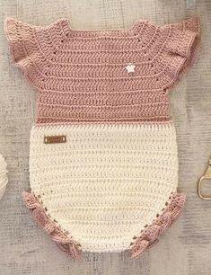 Ideas for baby crochet dress vestidos Baby Girl Crochet, Crochet Baby Clothes, Crochet For Kids, Baby Knitting Patterns, Baby Patterns, Crochet Patterns, Crochet Bikini, Knit Crochet, Crochet Romper