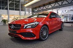 Red and ready to go. The Mercedes-Benz CLA 250 Sport Shooting Brake is waiting to be unleashed. Photo via [Mercedes-Benz CLA 250 Sport Mercedes Benz Cla 250, Carros Premium, Shooting Brake, Luxury Suv, G Wagon, Rally Car, Fast Cars, Motor Car, Vintage Cars