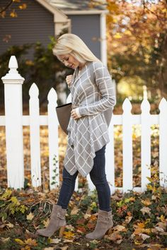 Cute Outfit 😍 Olivia Rink wearing our Gray Street Cardigan from The Pink Lily Boutique Olivia Rink, Pink Lily, Country Outfits, Fall Winter Outfits, Dress Me Up, Latest Fashion Trends, Lily Boutique, Fashion Outfits, Fashion Ideas