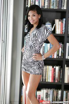 Latina Teen Emy Reyes 18