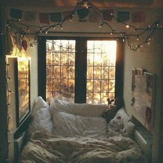 This looks so happy and cozy. I just want to curl up in it and read my book :)