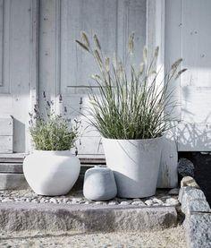 29 Ideas for terrace garden ideas rooftop patio fence Rooftop Garden, Balcony Garden, Garden Planters, Outdoor Garden Furniture, Diy Garden Decor, Garden Ideas, Backyard Ideas, Back Gardens, Outdoor Gardens