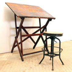 Vintage Drafting Table Designs: A Company Working Out the Details - Vintage Drafting Table, Vintage Stool, Drafting Tables, Sewing Craft Table, Cool Furniture, Furniture Design, Lunch Table, Studio Table, Art Stand