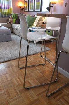 Sleek, versatile bar seating: the GLENN bar stool comes in two heights, two colors – and stacks to save space when not in use! Very slick design. Home Design Decor, Home Interior Design, House Design, Home Decor, Bar Stool Chairs, Bar Stools, Basement Furniture, Home Furniture, Ikea Ideas