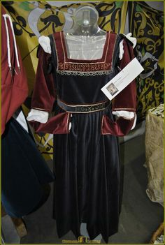 Dettaglio dell'abito della Sibilla del Perugino