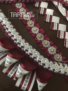Custom Homecoming Mums and Garters for Spring, Texas and surrounding areas. Unique Homecoming Mums, Homecoming Mums Senior, Homecoming Corsage, Homecoming Spirit Week, Homecoming Garter, Homecoming Ideas, Senior Year, Olivia Mum, Diy Ribbon