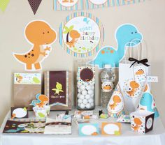 Dinosaurs Birthday Printable DIY Party Kit | CatchMyParty.com