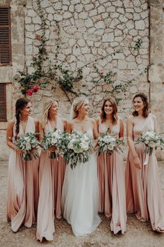 Lovely Wedding at Finca Son Togores, Palma de Mallorca. Epic Party, Marrying My Best Friend, Bridesmaid Dresses, Wedding Dresses, Love People, Marry Me, Our Wedding, Sons, Wedding Photos