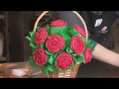 ▶ How To Make Cupcake Bouquets - YouTube. Could freeze (hot AZ months)