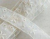 3 1/2 yds. Fleur de Lis Trim Vintage Creamy White  shabby chic french farmhouse