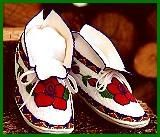 Cherokee moccasins.. I want to get me a pair one of these days!