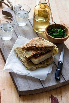 Mutabbak de ternera y verduras {Cocina de Oriente Medio} ==================== Beef & vegetables mutabbak #foodphotography #foodstyling #recipeoftheday #streetfood http://cocinadeaisha.blogspot.nl/2016/06/mutabbak-ternera-verduras-cocina-oriente-medio.html
