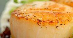 Seafood Recipe: Pan-Seared Scallops with Herb-Butter Sauce Sauce Recipes, Fish Recipes, Seafood Recipes, Cooking Recipes, Recipies, Easy Cooking, Fish Dishes, Seafood Dishes, Pan Seared Scallops