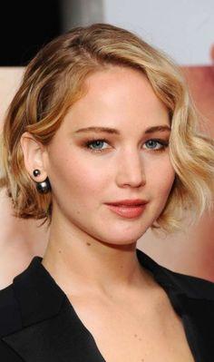 Bridal Hairstyles for Short Hair - Jennifer Lawrence's Tousled Short Bob